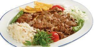 beef doner with rice pilaf (pilav et döner)